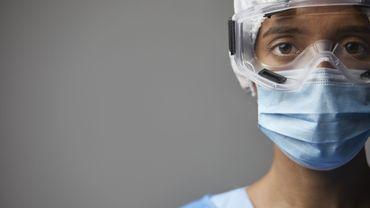 """Florence, infirmière en cancérologie : """"Pour nous, priver les patients de liens avec leurs proches est insoutenable"""""""