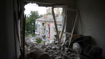 Une immeuble de Slaviansk à la suite d'affrontement entre pro-russes et armée ukrainienne, le 10 juin 2014 en Ukraine