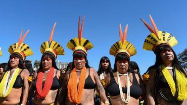 Des indigènes brésiliennes manifestent à Brasilia le 13 août 2019 pour protester contre la politique du président Bolsonaro