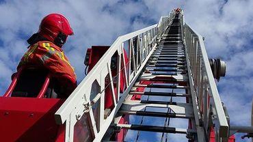 Cinq personnes ont été évacuées par auto-échelle lors d'un incendie qui s'est produit dans un immeuble de la chaussée de Gand à Molenbeek-Saint-Jean (illustration).