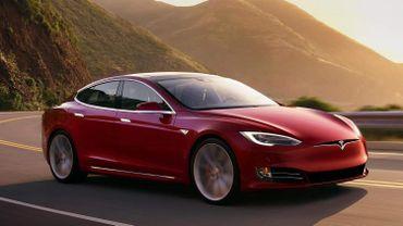 La Tesla Model S P100D bénéficie d'une accélération de 0 à 100 km/h phénoménale.