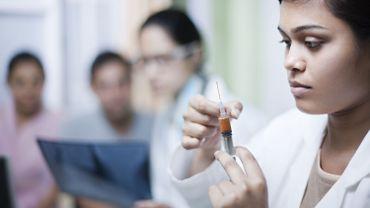 Coronavirus: une compagnie pharmaceutique indienne commence à tester son vaccin sur des humains