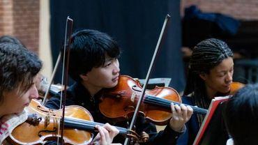 Le Belgian National Orchestra auditionne pour le poste temporaire de premier violon