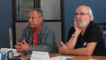 Eric Toussaint, à droite, et Fathy Chamki durant leur plaidoyer enflammé contre les dettes dites odieuses .
