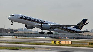 Un Airbus A350 de Singapore Airlines décolle de l'aéroport Changi de Singapour, le 28 mars 2018