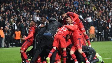 L'Ajax a eu besoin de la prolongation pour se qualifier; Lyon des tirs au buts