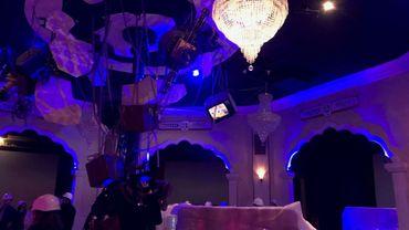 """Avec """"Popcorn Revenge"""", la nouvelle attraction indoor de Walibi, les visiteurs seront plongés dans une série de scènes mythiques du cinéma où réel et virtuel se mélangeront."""