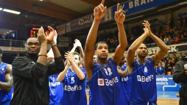Mons rejoint Alost et Ostende en tête du championnat
