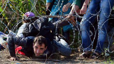 La Hongrie veut punir de trois ans de prison le passage illégal de ses frontières