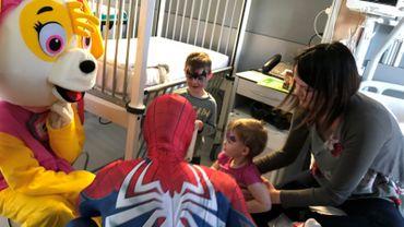 Les super-héros au chevet des malades
