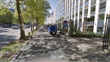 Bruxelles: colis suspect boulevard du régent, deux personnes sont entrés en contact avec l'enveloppe