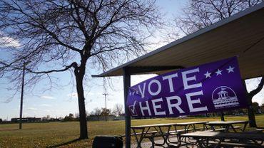 Un bureau de vote au Wisconsin