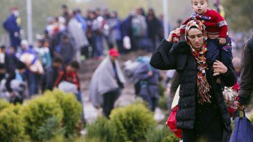 Depuis mi-septembre, une loi pénalise l'entrée des réfugiés en Hongrie. Ceux qui passent quand même sont jugés, de manière expéditive, et souvent envoyés en prison.