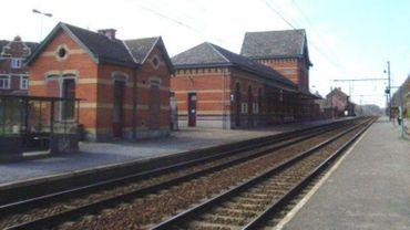 Désormais, aux heures de pointe, seuls trois trains s'arrêteront en gare de Genval.
