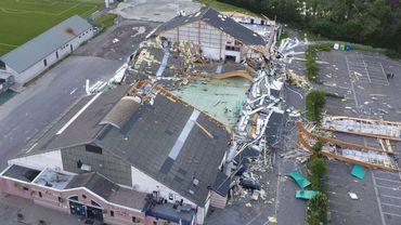 Le toit du hall sportif de Jodoigne avait été arraché par une tempête en juin 2016.