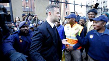 La famille Pistorius porte plainte à la suite de menaces