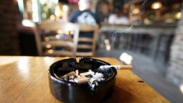 Le vote sur la directive visant le renforcement de la législation anti-tabac a été reporté au Parlement européen