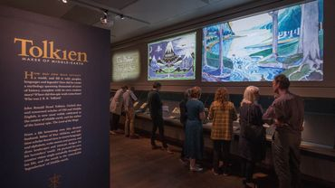 """L'université d'Oxford présente l'une des plus riches expositions jamais consacrée à l'auteur du """"Seigneur des anneaux"""", John Ronald Reuel Tolkien"""