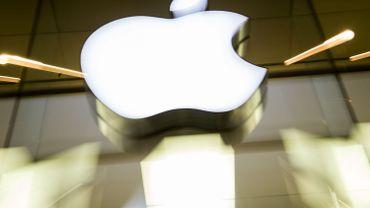 Apple ne connaît pas la crise, la firme dépasse les 2.000 milliards de dollars en bourse