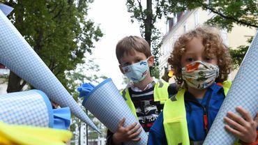 Coronavirus en Belgique: plus de la moitié des élèves et parents ne veulent pas du masque en classe