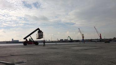 Un nouveau scanner au port d'Anvers pour lutter contre le trafic de drogue et la contrebande de cigarettes