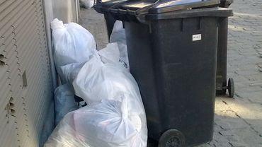 Des documents privés du CPAS d'Anderlecht ont été trouvés dans des sacs poublles jaunes (photo prétexte)