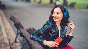 L'OMS cible le volume audio des smartphones et MP3