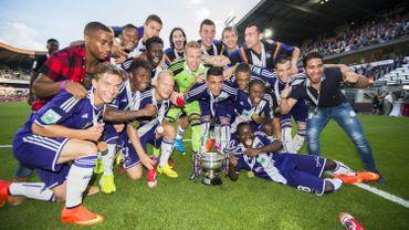 Football: Anderlecht soulève sa douzième Supercoupe face à Lokeren