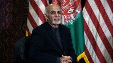 Le président afghan Ashraf Ghani lors d'une réunion avec Donald Trump sur la base militaire de Bagram, le 29 novembre 2019