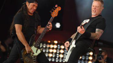 "Robert Trujillo et James Hetfield de Metallica sur la scène du ""Global Citizen Festival""."
