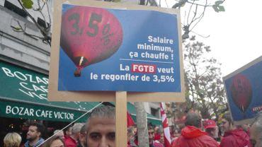Salaire minimum interprofessionnel: la FGTB continue à réclamer 14 euros de l'heure