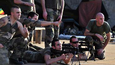 Mali, la France fixe ses objectifs: arrêter l'agression et sécuriser Bamako