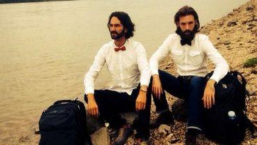 Deux jeunes ont réussi à faire le tour du monde en 80 jours sans argent