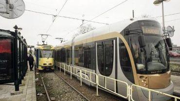 Introduire le Wi-Fi dans les trams coûterait très cher, puisqu'il faudrait équiper presque 1 000 véhicules