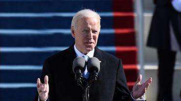 """Joe Biden promet de """"vaincre le suprémacisme blanc et le terrorisme intérieur"""""""