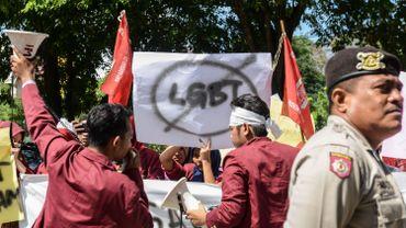 Indonésie: les abus anti-LGBT entraînent une hausse des cas de VIH