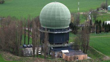 Le centre de contrôle aérien de Glons