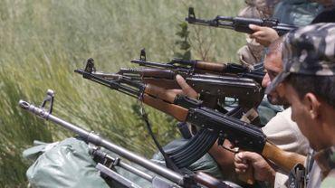 Les États-Unis ont commencé à fournir des armes aux soldats et volontaires irakiens qui tentent tant bien que mal d'endiguer la progression des jihadistes.