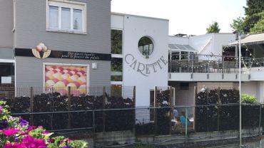 Le salon de dégustation d'Ottignies inauguré en 1995: précédemment, la famille Steen vendait ses glaces dans le garage de la maison familiale, au bord de la Dyle.