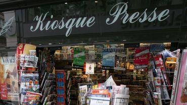 Les Parisiens défendent leurs kiosques à journaux