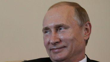 """Poutine réapparaît en public et se moque des """"ragots"""" sur son absence"""
