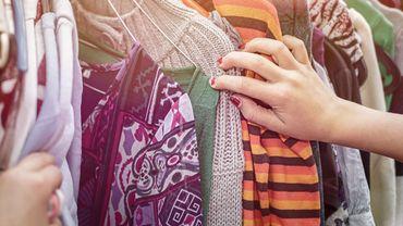 Un tiers des consommateurs affirment avoir acheté des vêtements d'occasion sur internet.
