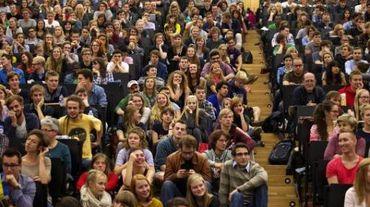 Erasmus+ est doté d'un budget de 14,7 milliards d'euros, ce qui représente une augmentation de 40% par rapport à la période 2007-2013.