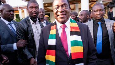 """Le président Mnangagwa déclaré vainqueur de l'élection se montre confiant, répétant que l'élection a été """"juste et transparente"""". Un avis que ne partage pas l'opposition."""