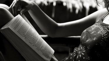 Selon le cabinet d'études GfK, cité par Livres Hebdo, le marché de la romance, c'est environ neuf millions d'exemplaires vendus en France en 2015