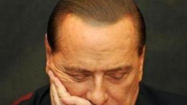 Italie - Nouvelle enquête contre Berlusconi pour corruption