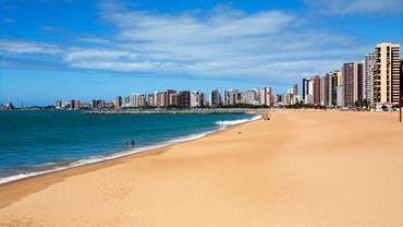 Une plage de Fortaleza au Brésil