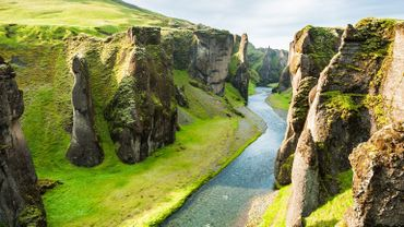 Le canyon grandiose de Fjadrargljufur, situé dans le sud de l'Islande, a été fermé au public jusqu'au 1er juin