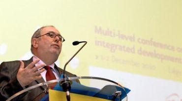 Le président du SPF Intégration sociale Julien Van Geertsom
