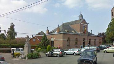 L'Hôtel de Ville de Quévy.